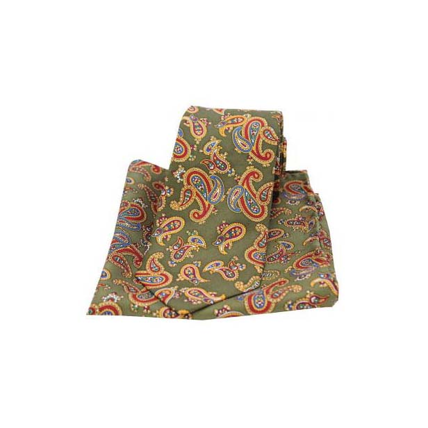 Large Paisley Print on Moss Green Matching Silk Tie and Pocket Square