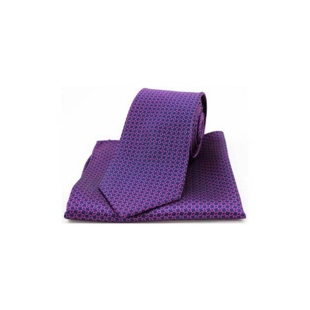 Fuchsia Diamond Link Pattern on Navy Silk Matching Tie and Pocket Square
