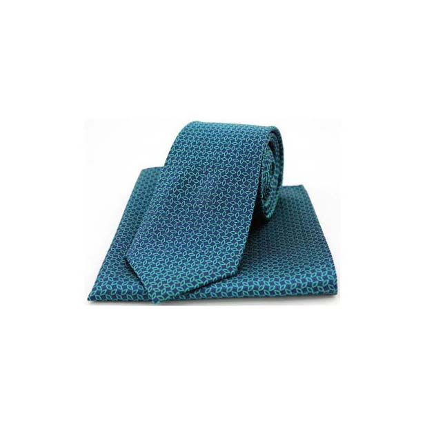 Green Diamond Link Pattern on a Navy Matching Tie and Pocket Square