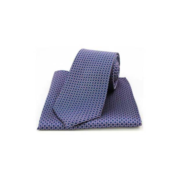 Pink Diamond Link Pattern on a Navy Silk Matching Tie and Pocket Square